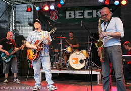 Jamaican Jazz Style von The Senior Allstars.